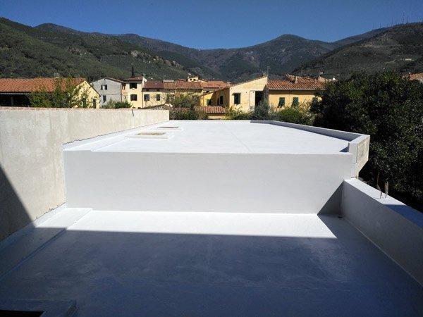 Impermeabilizzare tettoie in legno